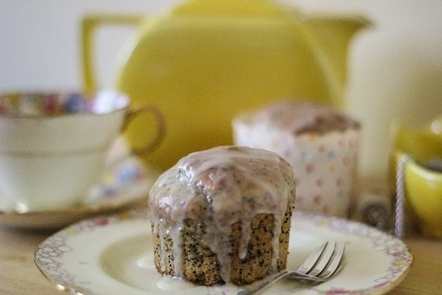 Lemon & Poppy Seed Cupcakes